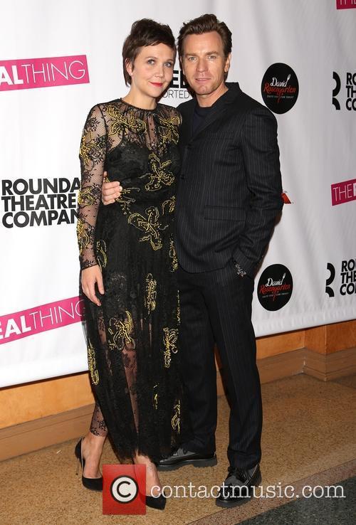 Maggie Gyllenhaal and Ewan Mcgregor 2