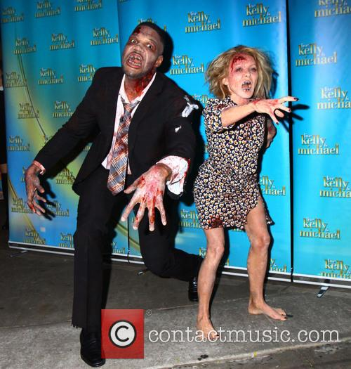 Kelly Ripa and Michael Strahan 11