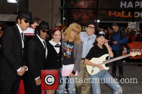 Lester Holt, Al Roker, Natalie Morales, Hoda Kotb, Matt Lauer and Kathie Lee Gifford 3