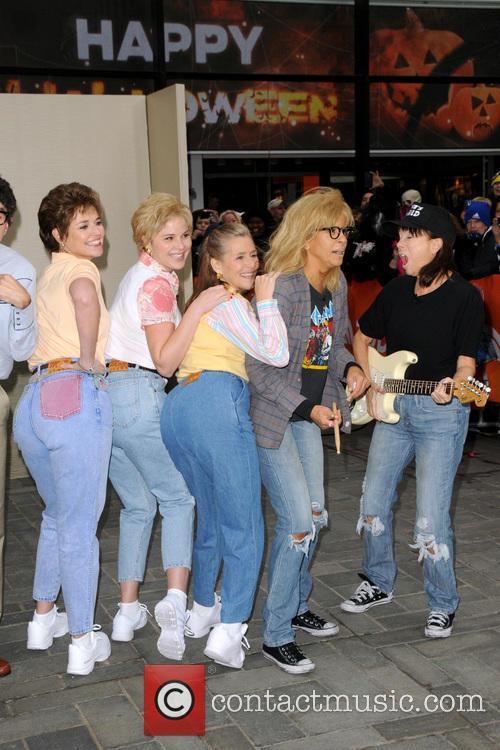 Savannah Guthrie, Jenna Bush Hager, Meredith Vieira, Hoda Kotb and Kathie Lee Gifford 3
