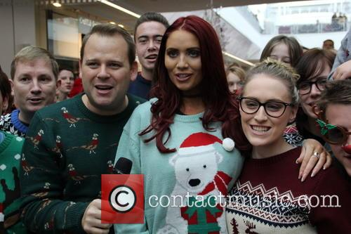 Amy Childs and Shoppers 3