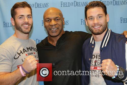 Kevin Rooney Jr, Mike Tyson and Chris Algieri 2