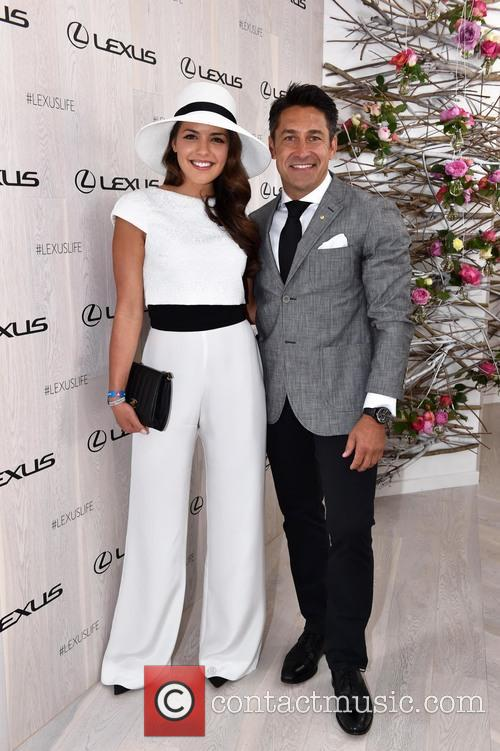 Olympia Valance and Jamie Durie 5