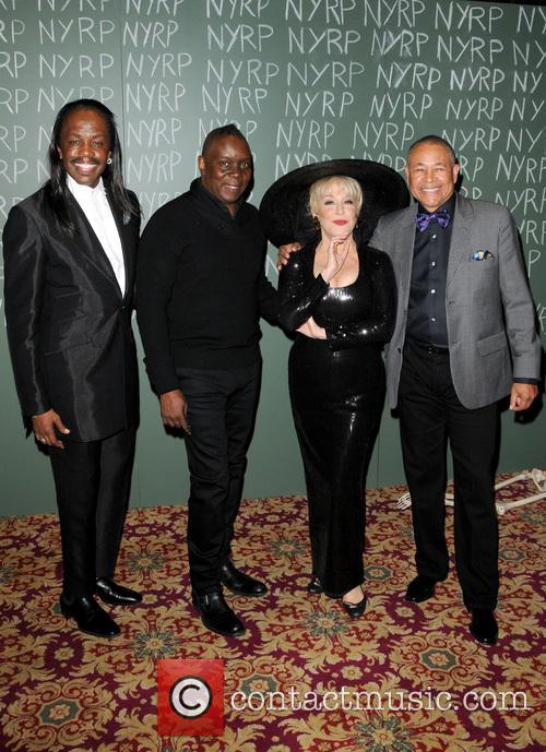 Earth Wind And Fire and Bette Midler 2