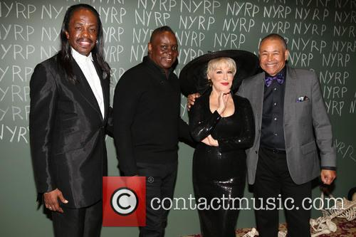 Earth, Wind, Fire and Bette Midler 2
