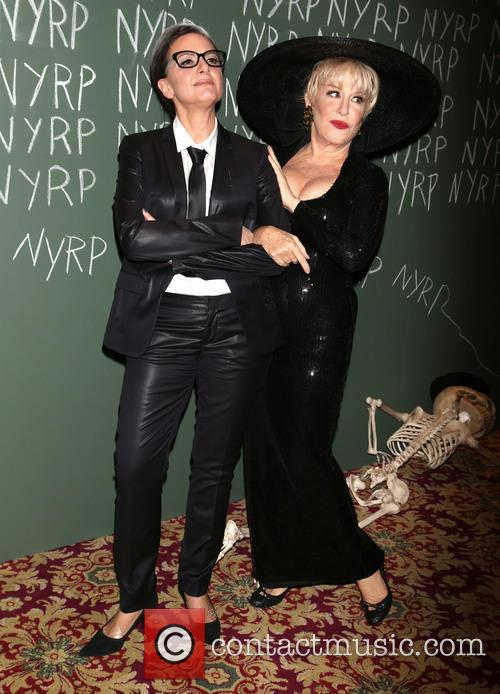 Guest and Bette Midler 3