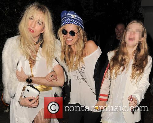 Kate Moss, Nick Grimshaw and Lila Grace Moss 8