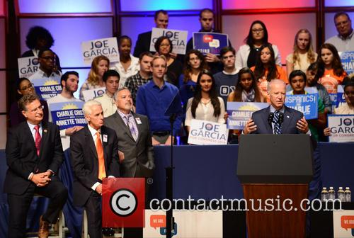 Joe Garcia, Charlie Crist, Henry Munoz and U.s. Vice President Joe Biden 5