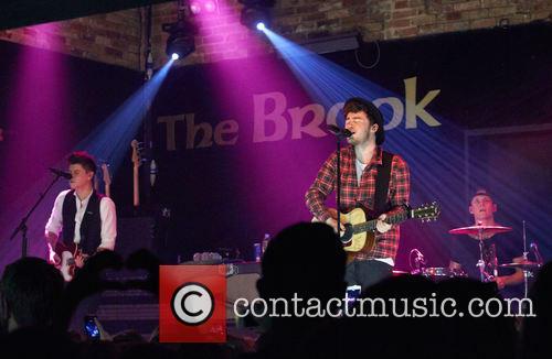 Rixton perform live