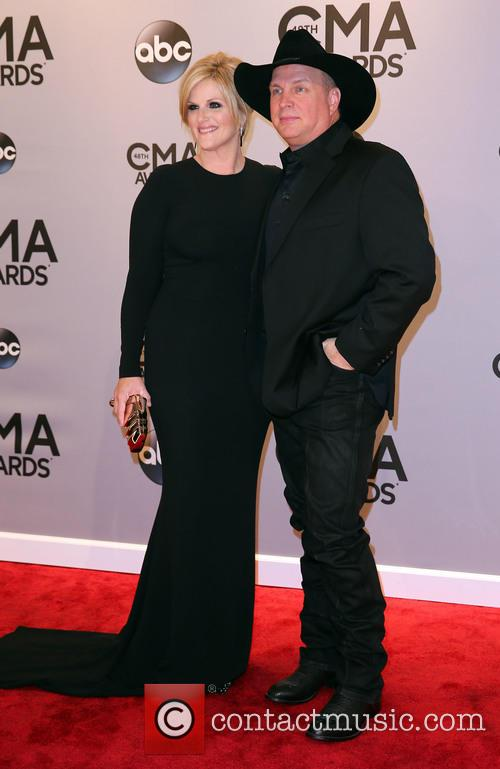 Trisha Yearwood and Garth Brooks 3