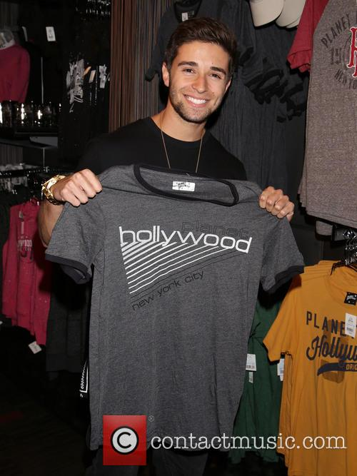 Jake Miller Appearance at Planet Hollywood Restaurant