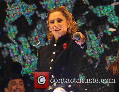 Cheryl Fernndez Versini switches on Xmas lights