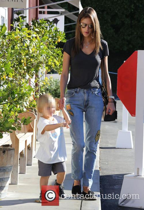 Alessandra Ambrosio and Noah Phoenix Ambrosio Mazur 9