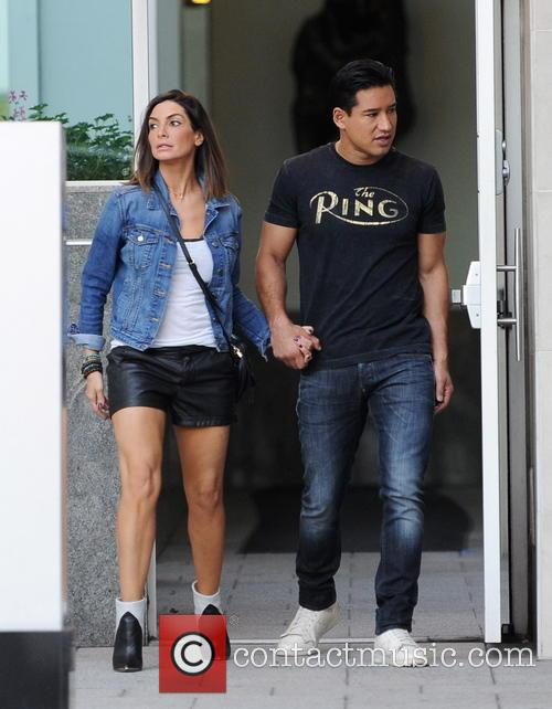 Mario Lopez and Courtney Mazza 6