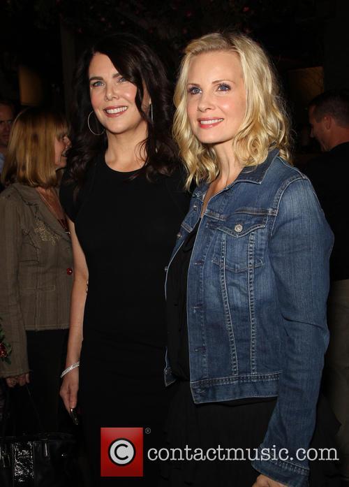 Lauren Graham and Monica Potter 1