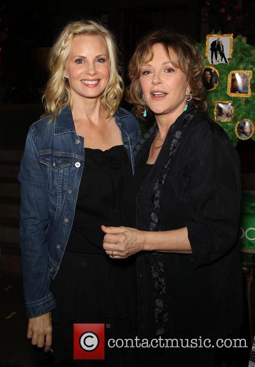 Monica Potter and Bonnie Bedelia 10