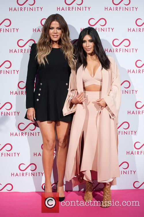 Kim Kardashian West and Khloé Kardashian 5