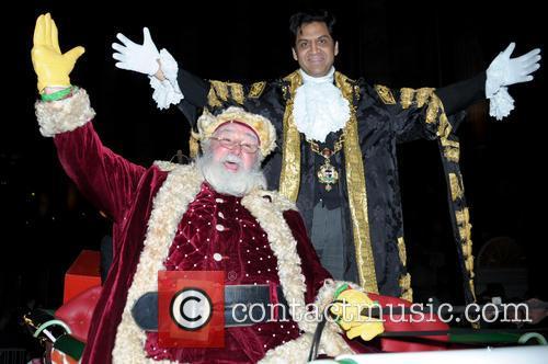 Santa Claus and Coun Shafique Shah 5