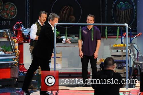 Hugh Grant, Markus Lanz and Milan Zivojinovic 5