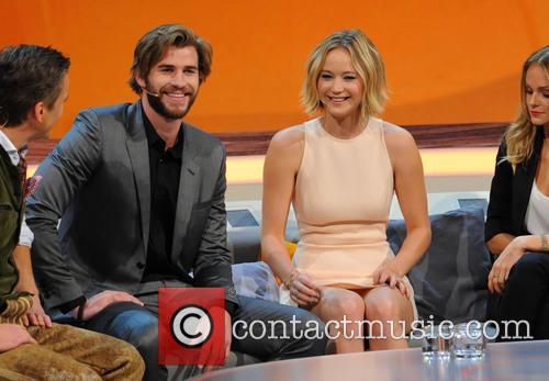 Liam Hemsworth and Jennifer Lawrence 3