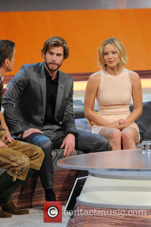 Liam Hemsworth and Jennifer Lawrence 4