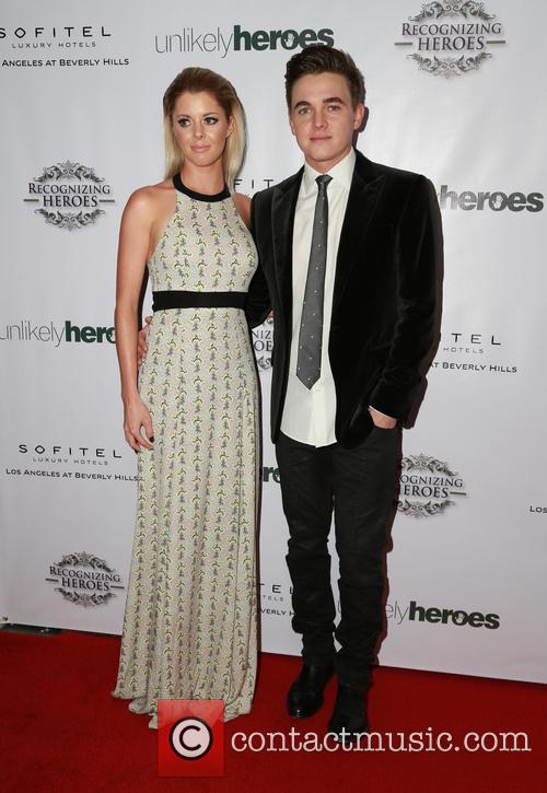 Jesse Mccartney and Katie Peterson 4