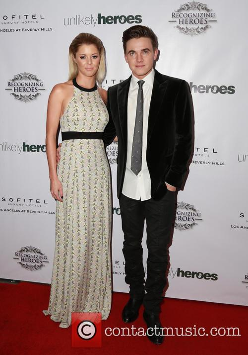 Jesse Mccartney and Katie Peterson 6