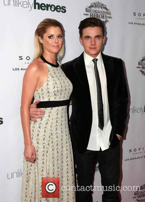 Jesse Mccartney and Katie Peterson 8