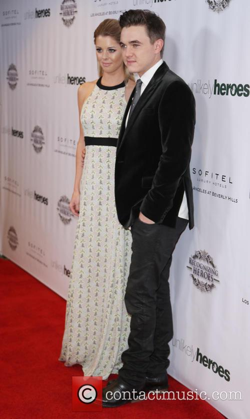 Katie Peterson and Jesse Mccartney 6