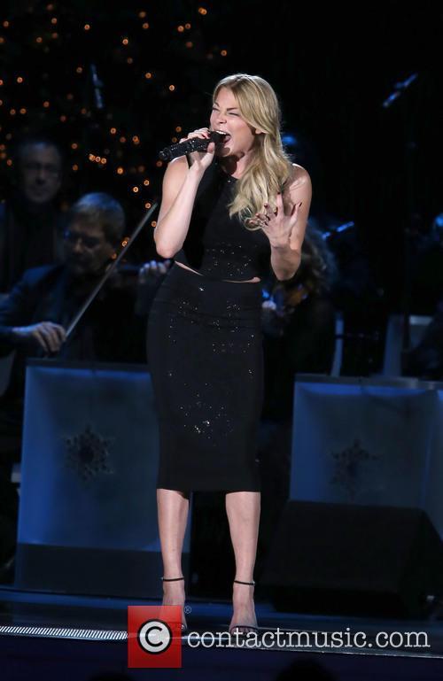 2014 CMA Country Christmas