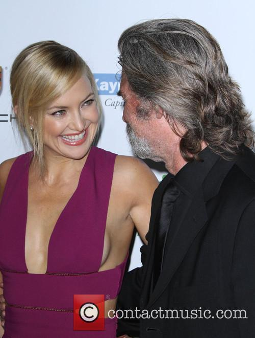 Kate Hudson and Kurt  Russell 8