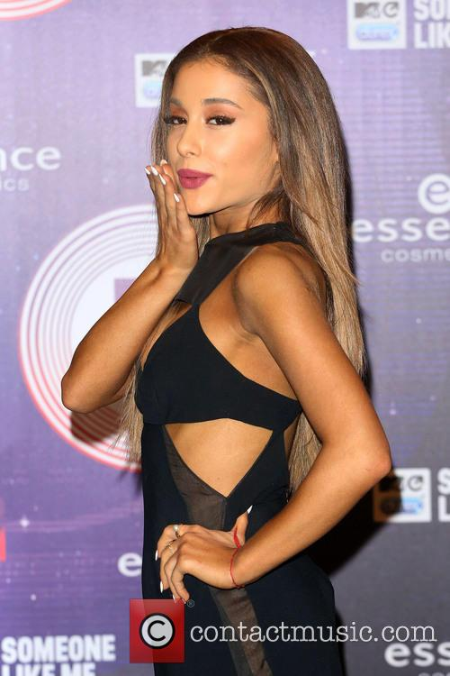 Ariana Grande Bikini Butt Ariana grande