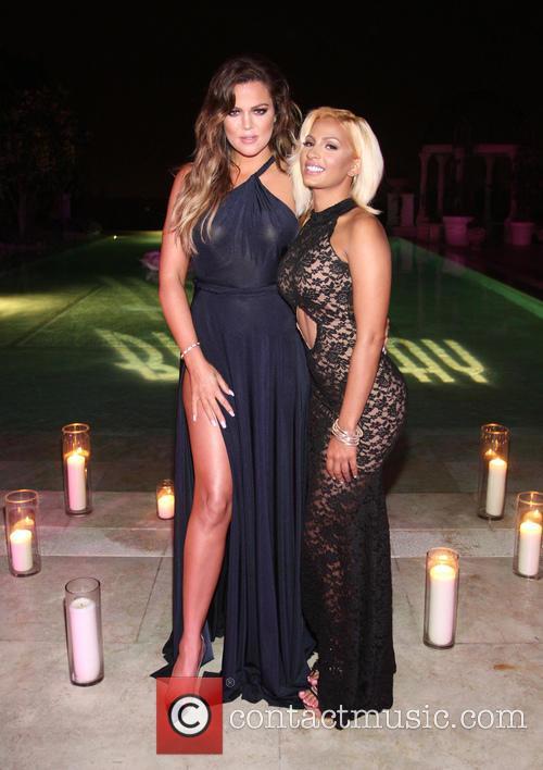 Khloé Kardashian and Zoe Yang 5