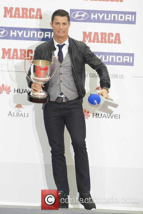 Cristiano Ronaldo receives the 'Pichichi' Award