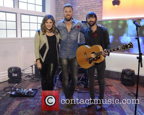 Dave Haywood, Hillary Scott, Charles Kelley and Lady Antebellum 6