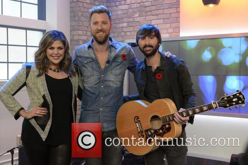 Dave Haywood, Hillary Scott, Charles Kelley and Lady Antebellum 7