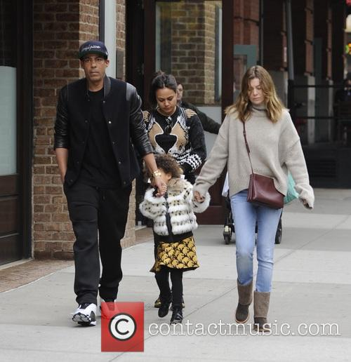 Ellen Pompeo, Chris Ivery and Stella Pompeo Ivery 2
