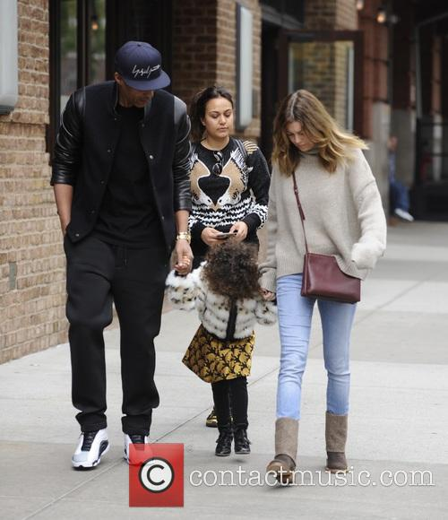 Ellen Pompeo, Chris Ivery and Stella Pompeo Ivery 4