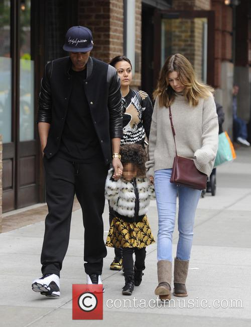 Ellen Pompeo, Chris Ivery and Stella Pompeo Ivery 10