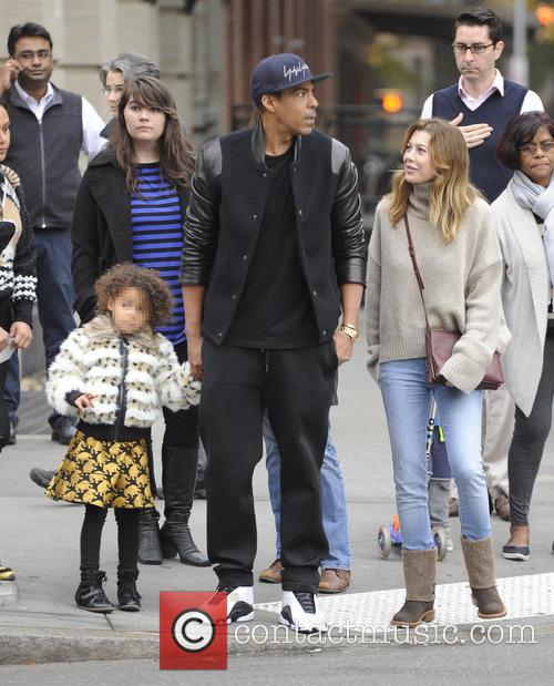 Ellen Pompeo, Chris Ivery and their daughter go...