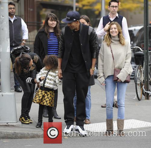 Ellen Pompeo, Chris Ivery and Stella Pompeo Ivery 11