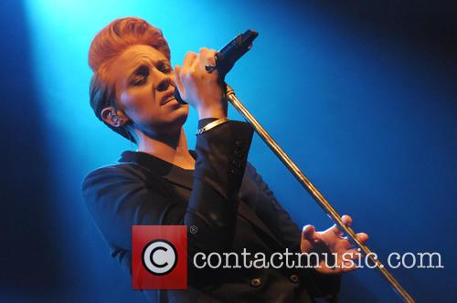 Elly Jackson and La Roux 11