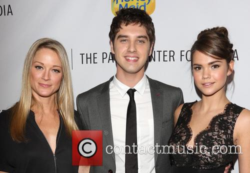 Teri Polo, David Lambert and Maia Mitchell