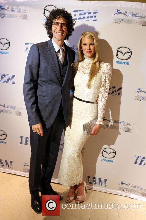 Howard Stern and Beth Ostrosky Stern 8