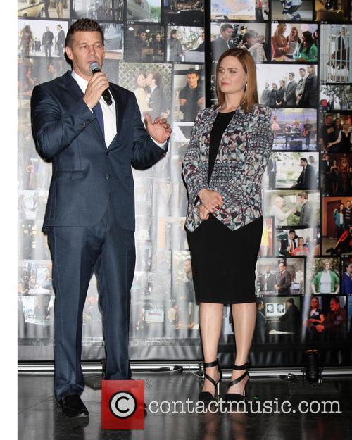 David Boreanaz and Emily Deschanel 3