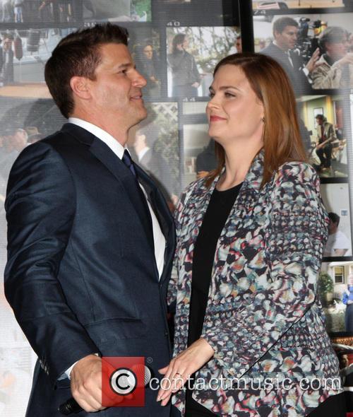 David Boreanaz and Emily Deschanel 4