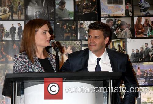 Emily Deschanel and David Boreanaz 11