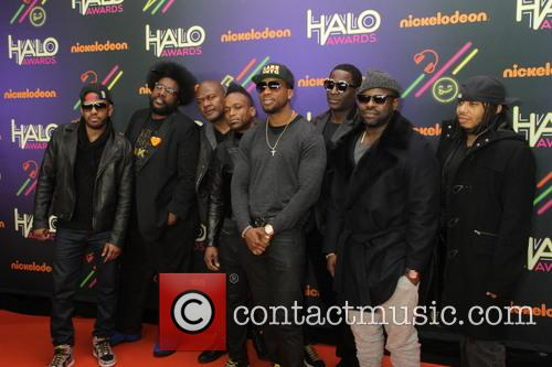 (l-r) Musicians Tuba Gooding Jr., Questlove, James Poyser, 'captain' Kirk Douglas, Tariq 'black Thought' Trotter, Frank Knuckles, Ray Angry, And Mark Kelley and Of The Roots 10