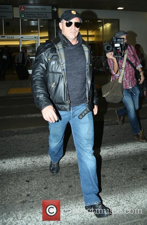 Matt LeBlanc arriving at Los Angeles International Airport
