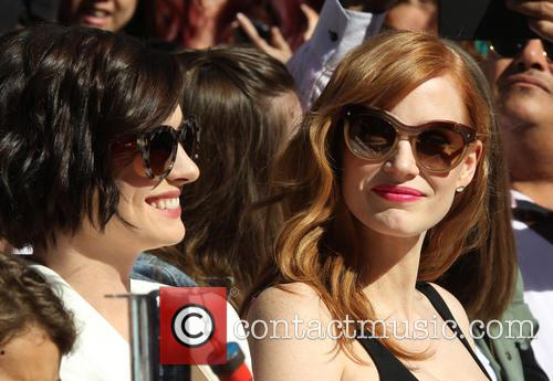 Anne Hathaway and Jessica Chastain 2